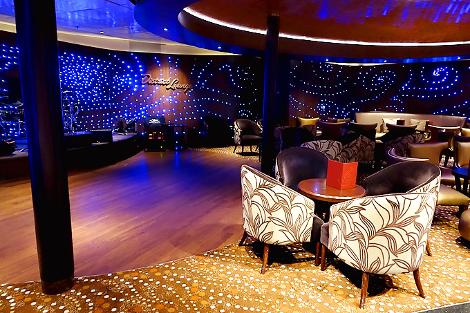 3-Day-Disney-Bahamian-Dream-Cruise-the-District-Lounge-02