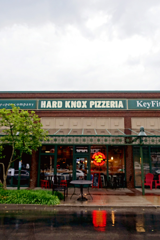 hard-knox-pizzeria-04