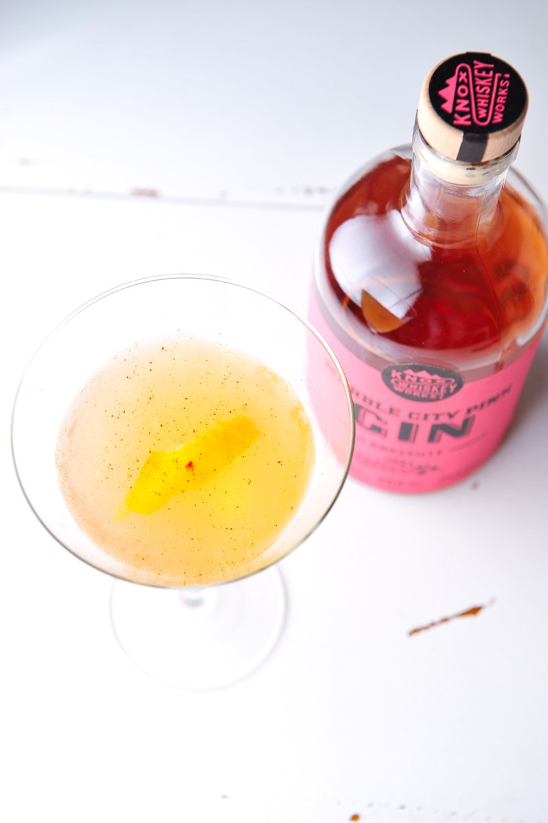 Bee Sting Gin Cocktail using Marble City Pink Gin