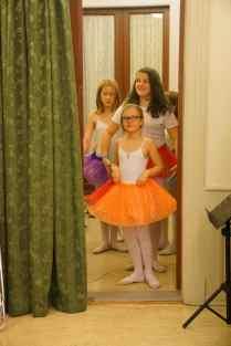 Ballerinaene venter i kulissene!