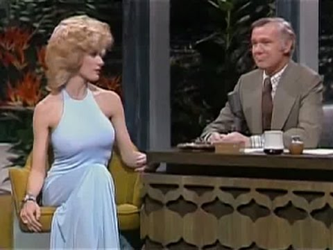 Must Watch: The Tonight Show Starring Johnny Carson: 01/17/1974 Robyn Hilton
