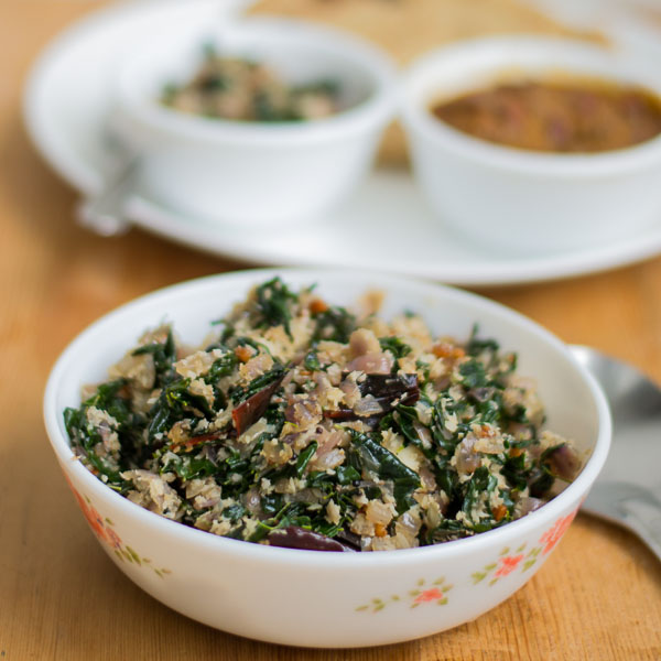 Vegan-south-indian-murungai-keerai-drumstick-leaves-poriyal-moringa-recipe  kannammacooks.com #murungai #moringa #stir-fry #iron #minerals #vitamin # rich #south #indian
