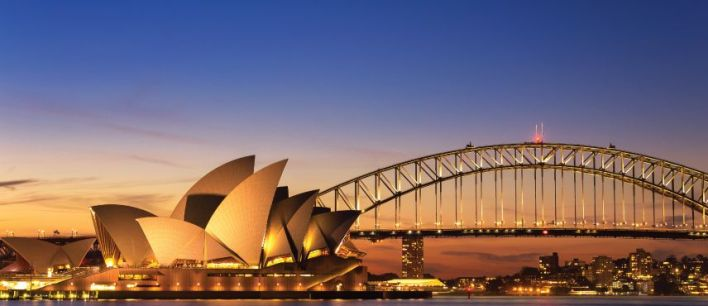 australia is aiming to welcome half a million new immigrants by the year 2023