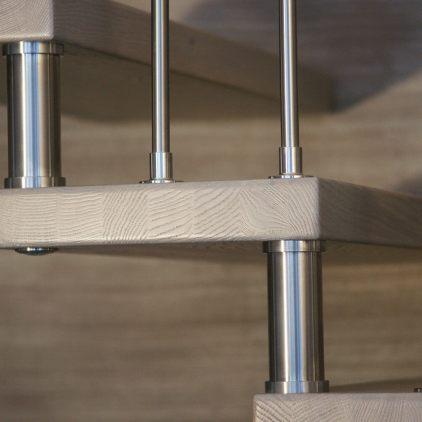 Scala in legno massiccio