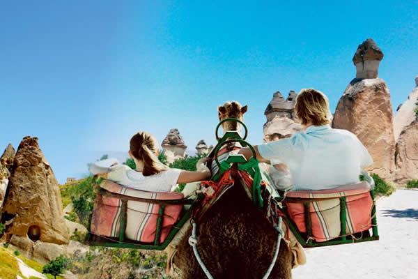 Kapadokya Deve Safari Turları