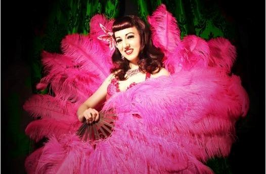 Lady Wildflower ospite del Burlesque Cabaret Napoli