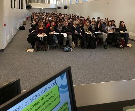 L'integrazione linguistica dei migranti: la proposta formativa di ALMA Edizioni