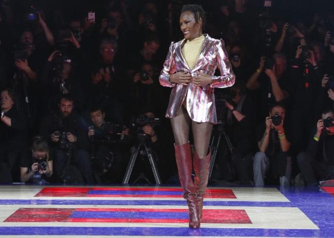 Grace Jones modella a 71 anni