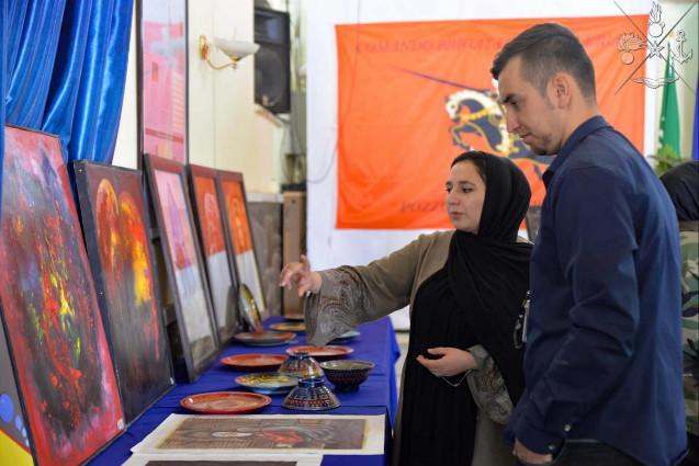 Missione in Afghanistan: mostra d'arte sul ruolo della donna