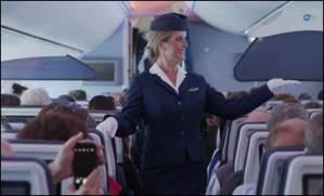 KLM: Sfilata ad alta quota di divise d'epoca
