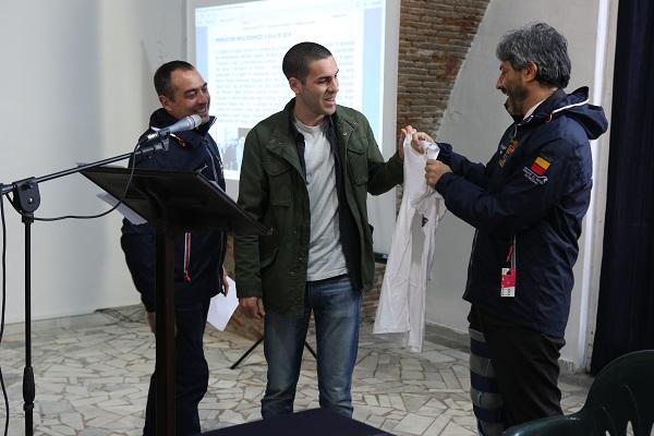 """Il presidente della Camera Roberto Fico premia gli """"Scugnizzi a vela"""""""