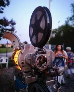 A Treviso il cinema torna in epoche lontane con la macchina carboni