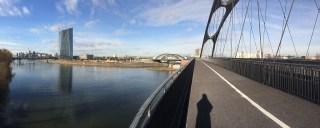 Das neue Brückenensemble am Main