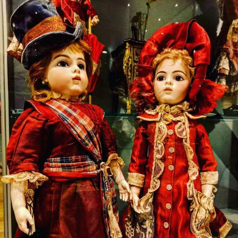 Il museo delle bambole a Palazzo Felicini con un'esposizione di circa 500 esemplari di tutte le epoche.