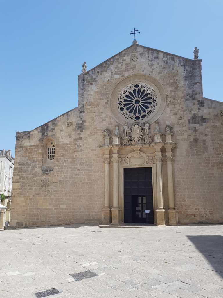 Cosa vedere a Otranto in un giorno? La Cattedrale di Santa Maria Annunziata.