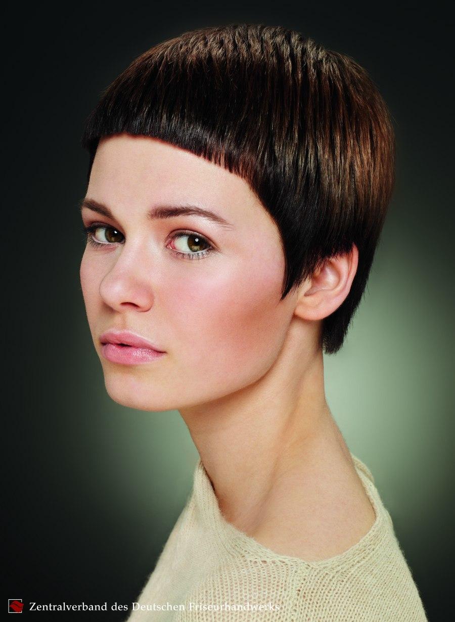 Garonnesnit Erg Korte Haarsnit Voor Moedige Modebewuste