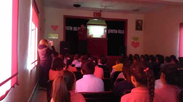 Amasra Fatih Sultan Mehmet İlkokulu Karagöz gösterimiz
