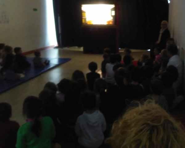 Pierre Loti Lisesi İlkokul Bölümü Karagöz Gösterisi