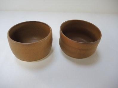 bowl1 h. 9-9.5cm d. 13.5-14cm bowl2 h.5-5.5 h. 12.5