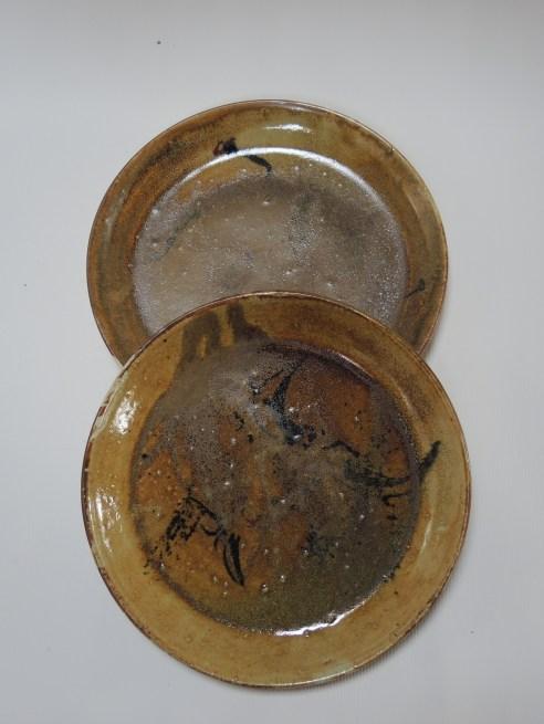 Plates. Diameter 26,5 cm.