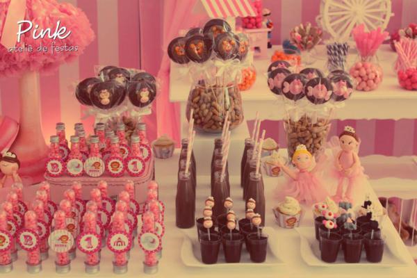 12 Decorations Girly Birthday