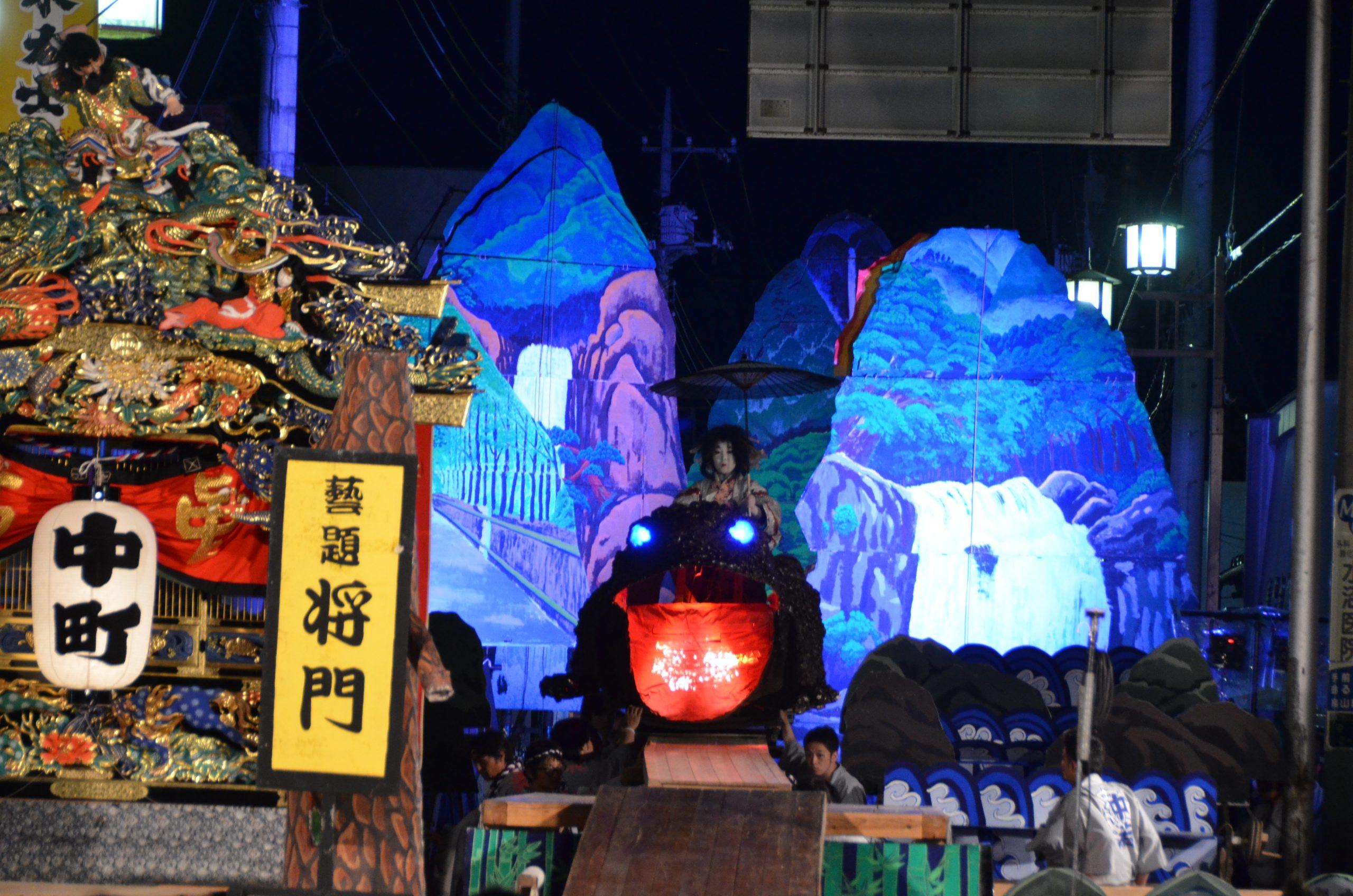 「将門」(写真:山あげ祭2011年7月23日中田屋食堂前公演)