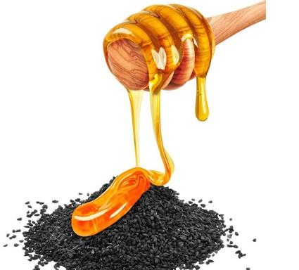 حبة البركة مع العسل لزيادة الوزن