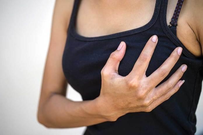 ألم الثدي قبل موعد الدورة الشهرية هل يدل على حمل