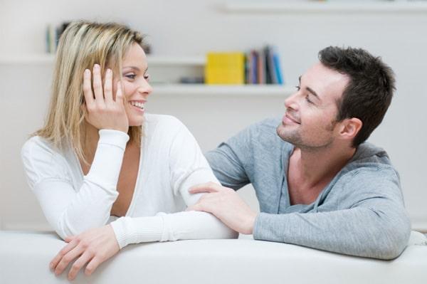 كيف أجعل زوجي يشتاق لي باستمرار