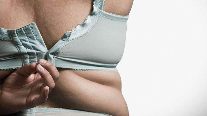 أسباب تراكم الدهون في الثدي للنساء