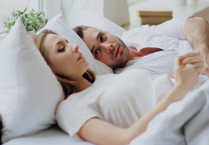 أهمية نوم الزوج مع زوجته