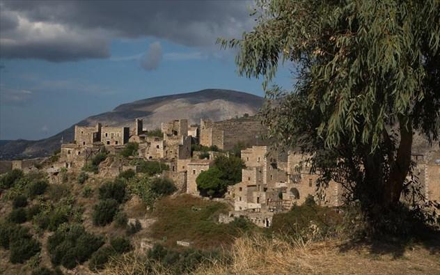 Τα κάστρα της Βάθειας που αποτελούν ένα ζωντανό μουσείο
