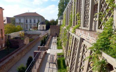 Jižní hradecké terasy ponesou jméno Karla Otčenáška