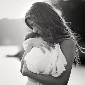 momma, mother, mom, mommy, why i am not, not, ready, to be, selfless, selfish, grow up, hero, love, service
