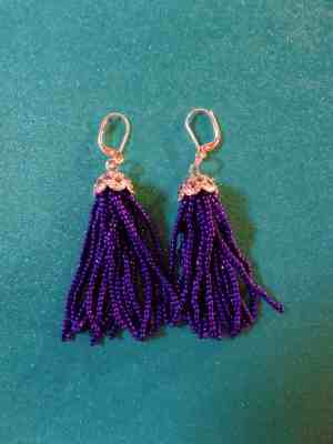 DIY beaded tassel earrings on KarenEhman.com for #LoveYourLifeFriday by Sarah Lundgren