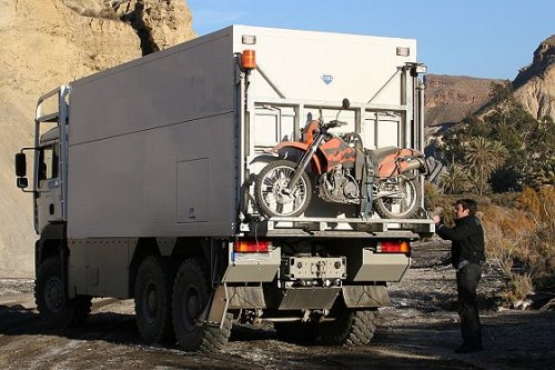 Garbage Truck back