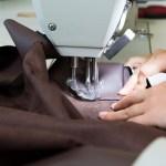 Couture d'une pièce de tissu