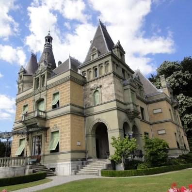 Schloss Hunegg