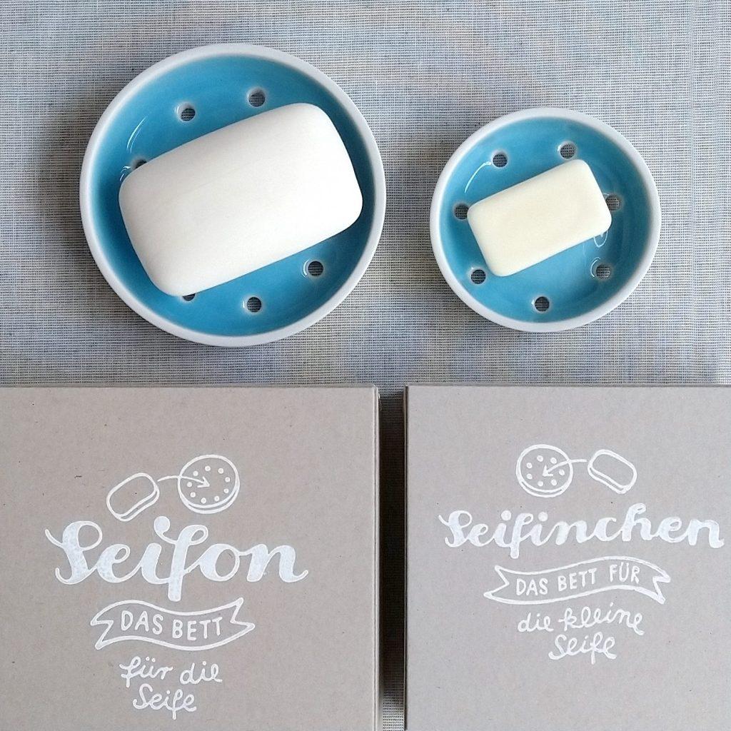 türkise Seifenschalen in 2 Größen mit Seife und den passenden Schachteln