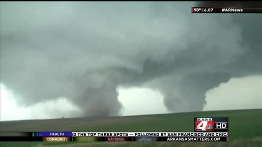 Tornado Recovery_ Vilonia Victims Paying it Forward_-7152180136059255560