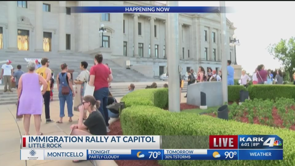 Immigration_Rally_at_State_Capitol_0_20180621230920