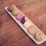 macaroon assorted plate