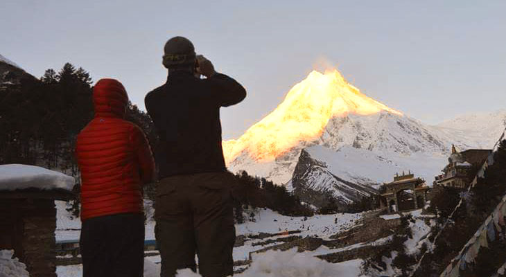 Ultimate Guide to Manaslu Trek for Group Trekkers