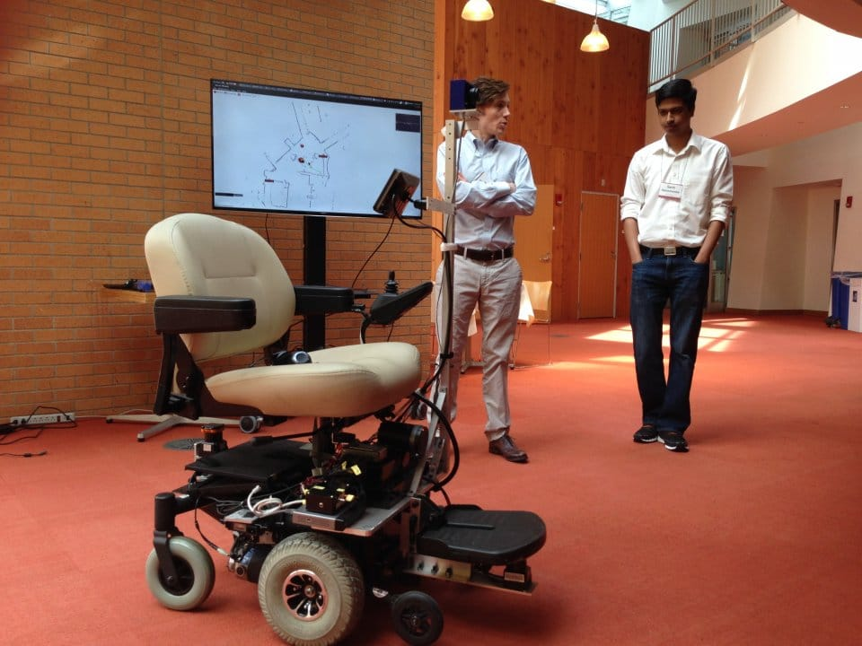 robot-voice-control-wheelchair