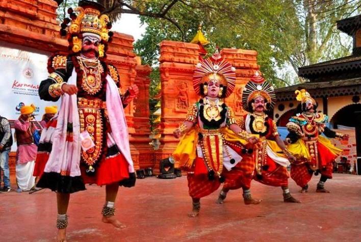 Yakshagana dance. Image source mangalore.mobi