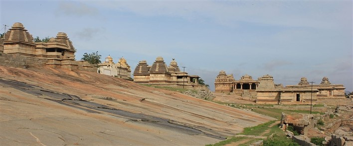 Hemakuta group of temples on Hemakuta hill in Hampi. Photographer Dinesh Kannambadi