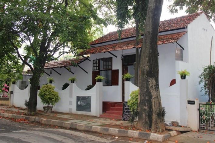 DYU-Art-Cafe-Koramangala-bengaluru