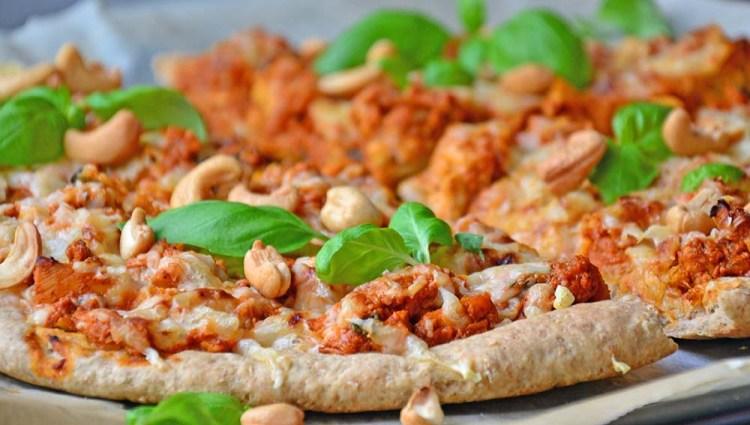 Tikka masala pizza