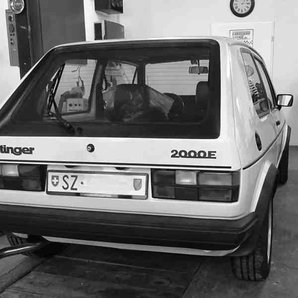 Blick in die Oldtimer-Werkstatt: Karosserie Garage, Bad Saulgau, Volkswaagen Golf 1 Oettinger E2000