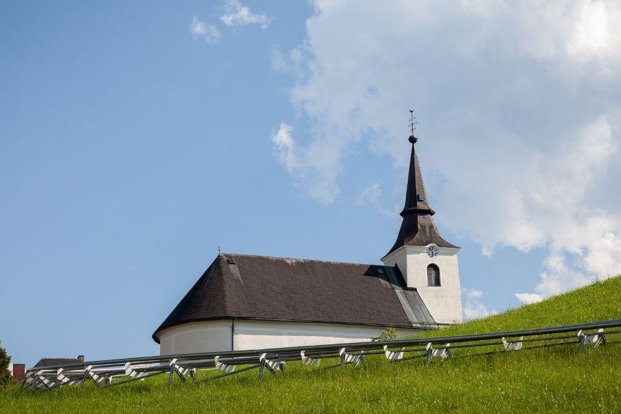 Glaube + Kirche = Kraft & Hoffnung